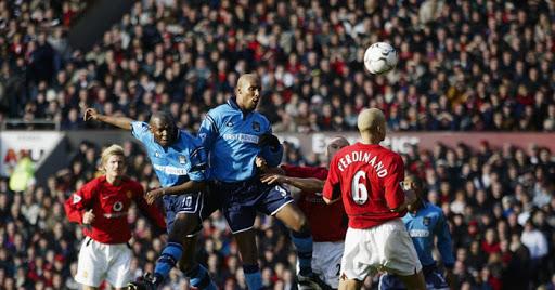 Anelka e Goater al Manchester City nel derby