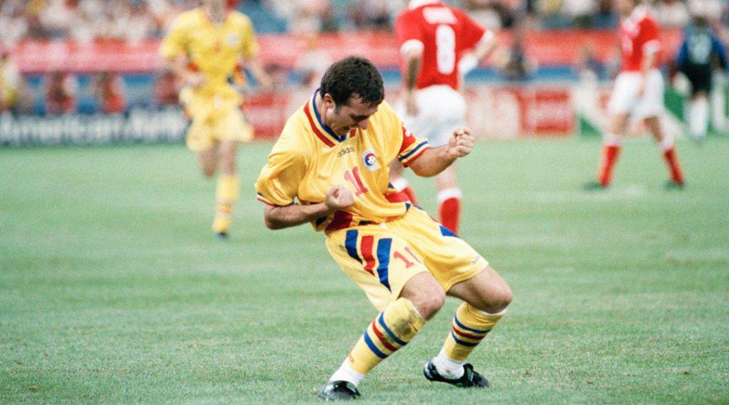 Hagi esulta dopo un gol - Mondiali Romania 1994