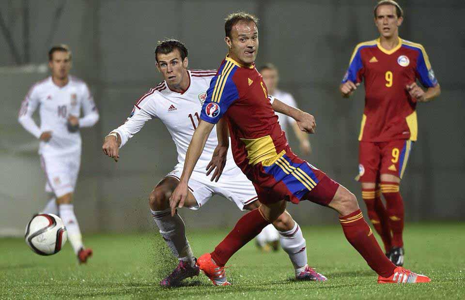 Ildefons Lima vs Gareth Bale Andorra Galles