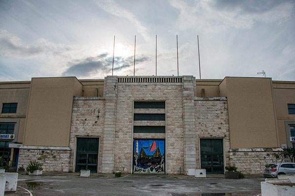 Facciata Stadio della Vittoria Bari